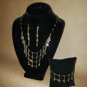 Layered necklace gold plated
